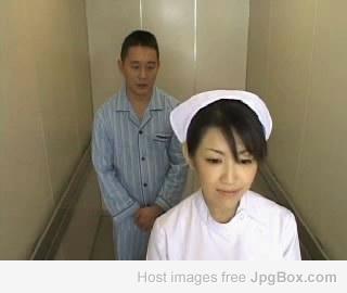 """电驴片""""小泉彩-电梯""""的女主角"""